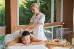 Bàn tay khô cứng thì có thể học nghề spa được không?