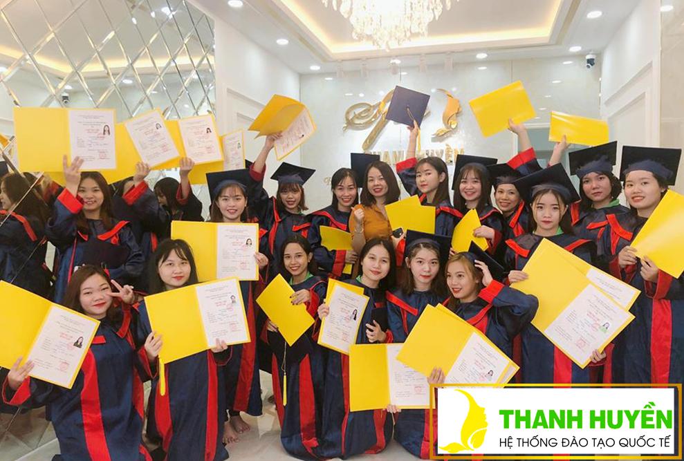 Lễ tốt nghiệp khóa học Spa TH17