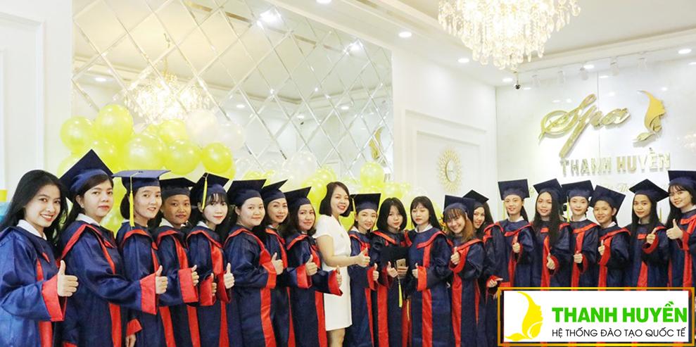 Lễ tốt nghiệp khóa học Spa TH22
